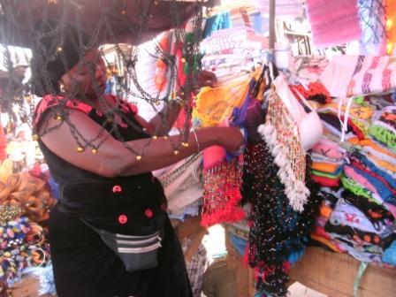 Une commerçante sénégalaise.Ph. Kpénahi Traoré